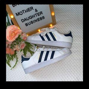 Adidas ORIGINAL Superstar striped Shoes!